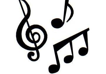 Pevska zbora naše šole zapela na Pesemci