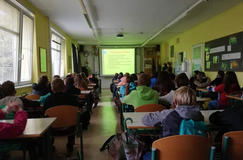 Šestošolci obiskali šolo za hortikulturo in vizualne umetnosti