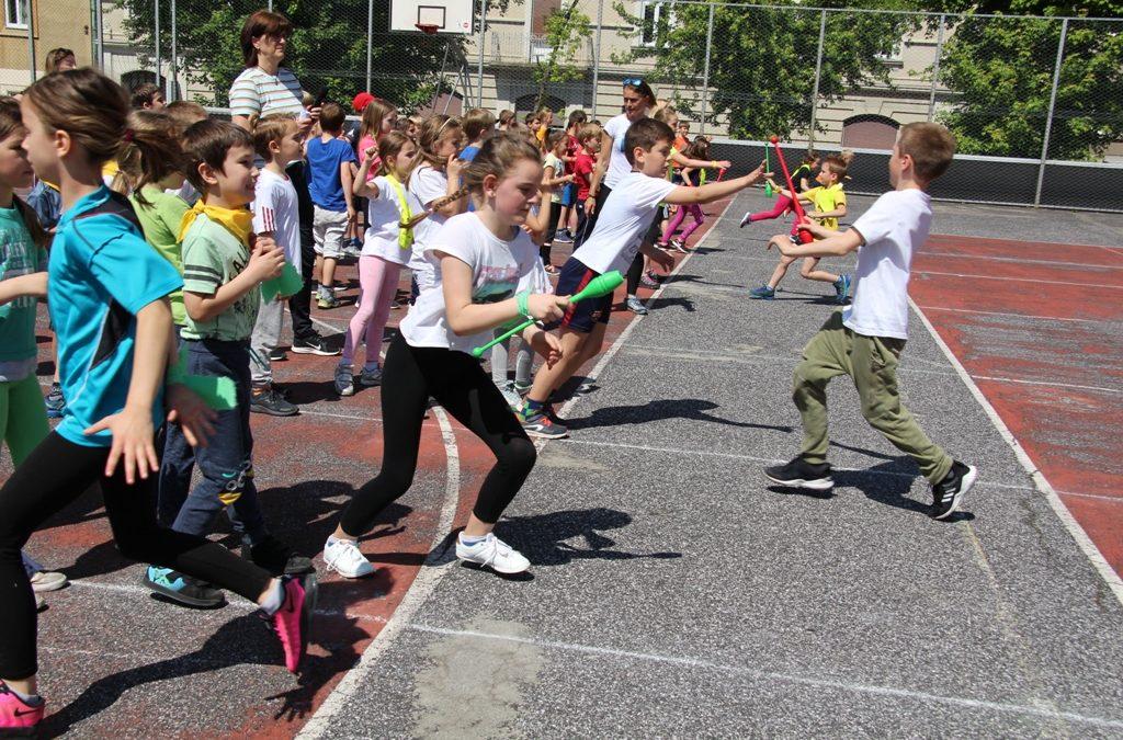 Igre barv: športni dan učencev I. triade